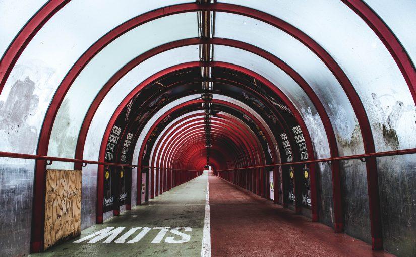 (754) Tunnel
